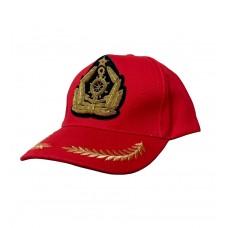 Бейсболка красная с кокардой ручной вышивки 265